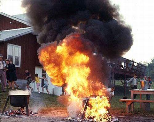 Barbecue en feu